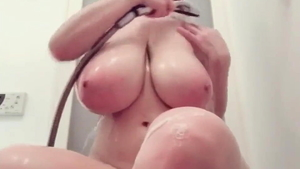 Homemade asian masturbation in the shower