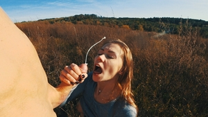 Amateur throat fuck outdoors in HD