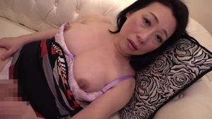 Pussy sex escorted by incredible japanese mature