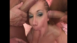 Lewd bitch Alice Coxxx craving gangbang