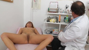 Real sex in the company of doctor