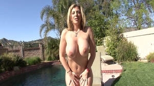 Mature Sara Jay humping video