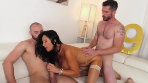 Big tits Rita Daniels needs sex scene