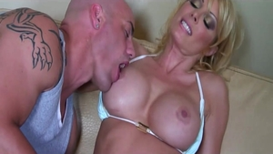 Hairy deutsch swinger really likes homemade creampied