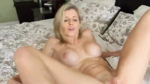 Stepmom Cory Chase pussy eating