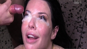 Veronica Avluv goes in for pussy sex