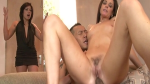 Hottest and big ass MILF India Summer raw threesome