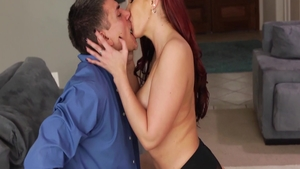 Huge boobs very hot mature Kelly Divine raw blowjobs