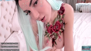 Busty bride pussy fuck live on cam