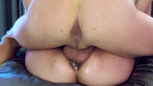 Pretty Skylar Vox pussy eating ass to mouth