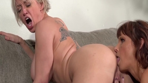 Super sexy Dee Williams pussy fuck masturbating