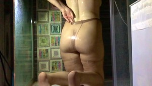 Amateur got nailed in shower