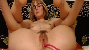 Young babe pussy fuck live on webcam