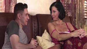 Busty stepmother Veronica Avluv fucking with Brad Knight