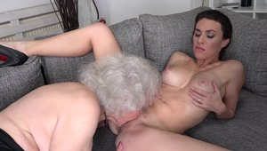 Young bitch Tiffany Doll fetish got her pussy smashed HD
