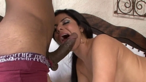 Fabiane Thompson sucking monster cock