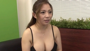 Big tits japanese mature enjoys greatly sloppy fucking in HD