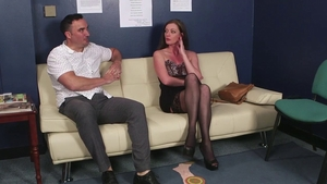 Sucking dick escorted by star Holly Kiss in HD