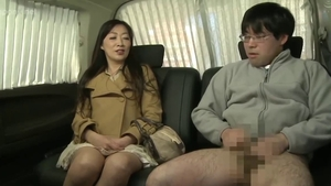 Pussy sex accompanied by japanese mature