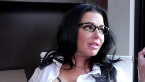 Glamour Veronica Avluv babe cock sucking sex tape