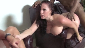 Wife Gianna Michaels rough cumshot