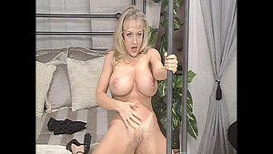 Big butt stepmom finds irresistible plowing hard