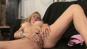 Shaved mature in panties reverse cowgirl