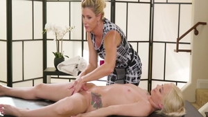 College student India Summer and Elsa Jean ass fucking