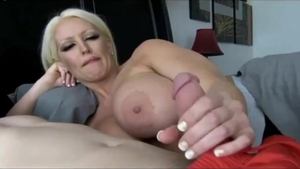 Homemade sucking dick escorted by huge tits italian wife