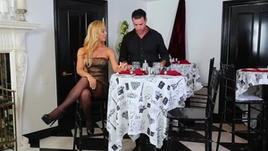 Nikki Benz and Keiran Lee blowjob
