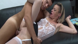 The best sex in the company of very sexy amateur