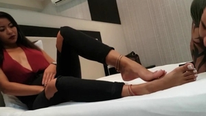 Big ass latina babe has a passion for feet fetish in HD