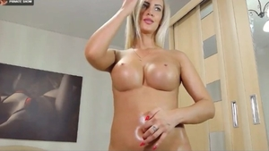 Solo sexy german female ass fingering