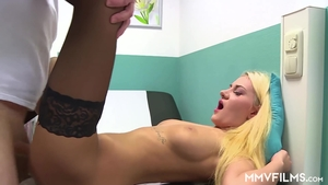 Threesome starring very hawt doctor in sexy stockings in HD