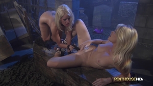 Big boobs dirty blonde hair Alexis Ford toys in HD