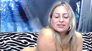 Hot & big boobs russian MILF sucking cock live on cam solo