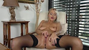 Hardcore sex along with big tits blonde babe