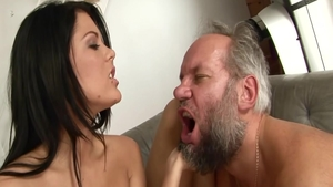 Very hot babe Madison Parker has a taste for sex HD