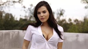 Teen chick Keisha Grey interracial pounding video in HD