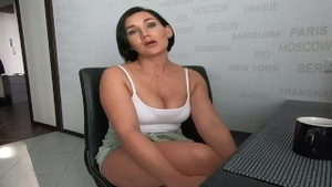 MILF has a soft spot for sex scene