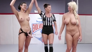 Erotic babe Penny Barber has a soft spot for fingering