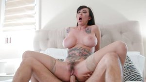 Dick sucking with tattooed brunette Lily Lane