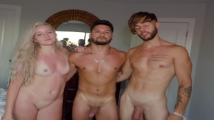 Pussy fucking along with friend