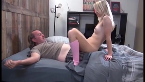 Large boobs amateur goes in for nailing HD