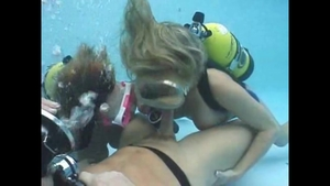 Large tits blonde haired deepthroat underwater