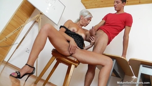 Good fuck accompanied by horny babe Kathy White