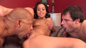 Beautiful Mia Austin rough threesome