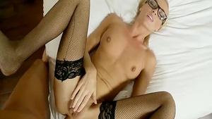 Amateur wishes ramming hard in stockings
