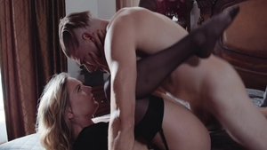 Pornstar Mona Wales ass fucked sex video in HD