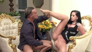 Huge boobs escort Larissa Dee goes in for rough fucking